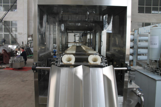 Gallon barrels pure water filling machine 300BPH.png